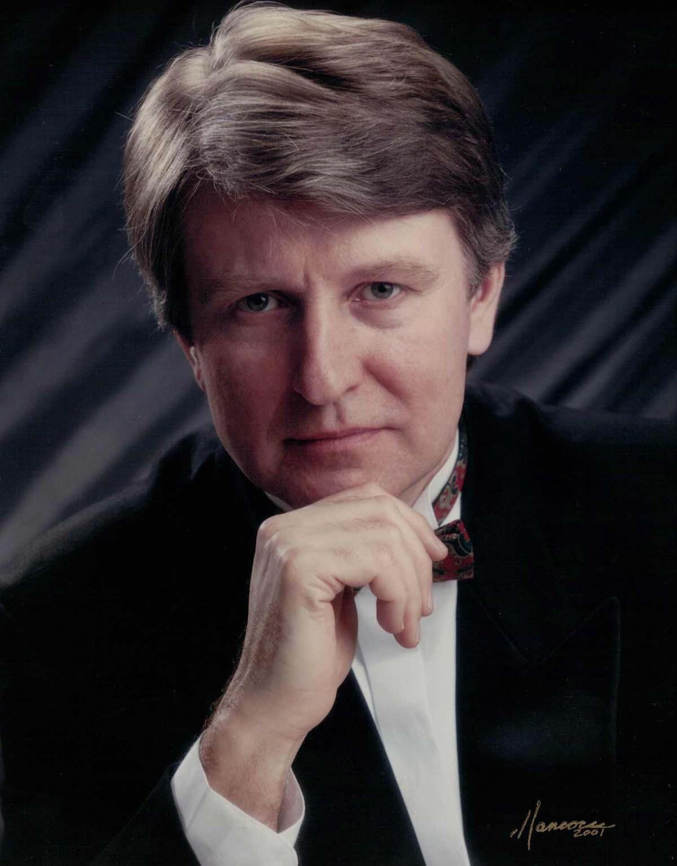 GENNADY DZUBENKO (DZYUBENKO), piano.